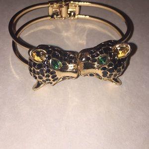 Jewelry - Kissing Jaguar Bracelet